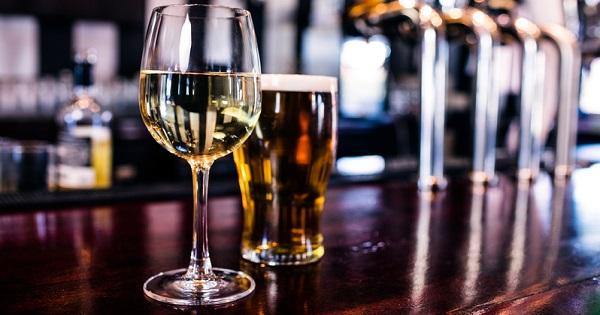 Можно ли смешивать вино с пивом – ответ ученых