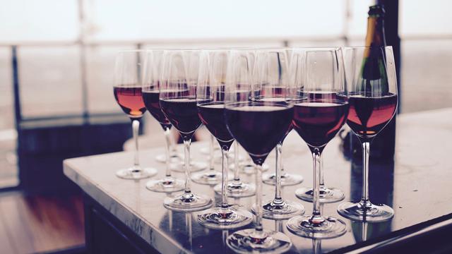 Как выбрать качественное вино в супермаркете