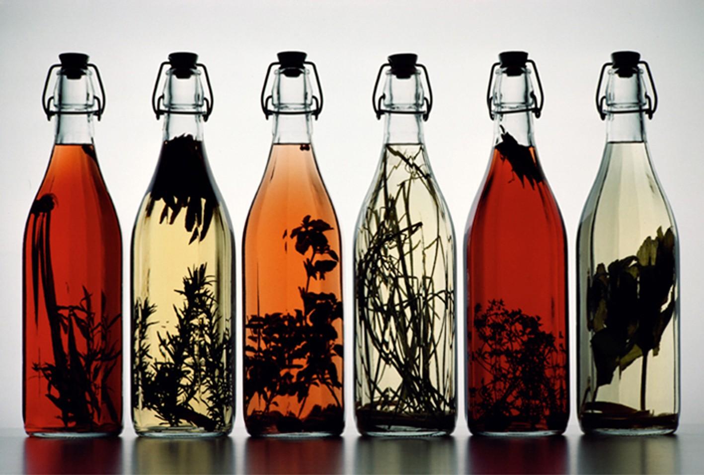 Вкусоароматические добавки для самогона: как выбрать