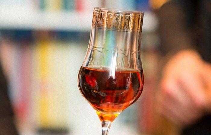 Рецепт домашнего коньяка из винограда и его выдержка