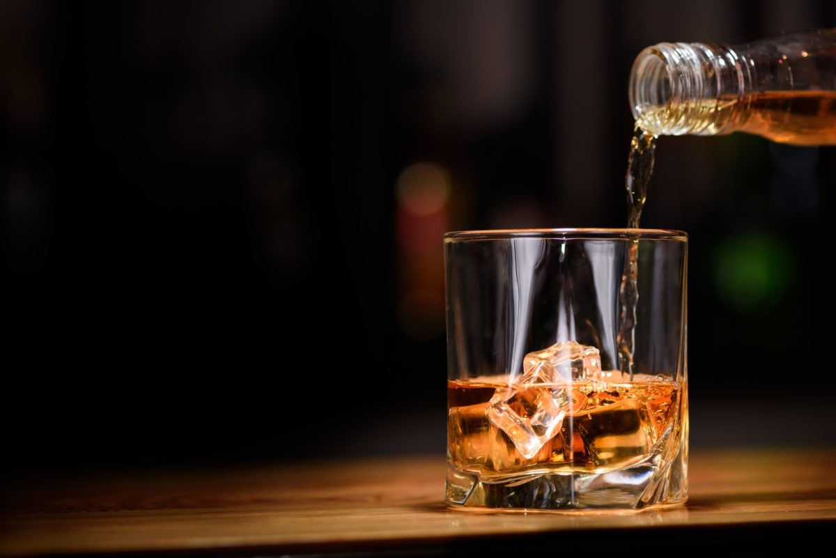 Как сделать лёд для алкоголя?