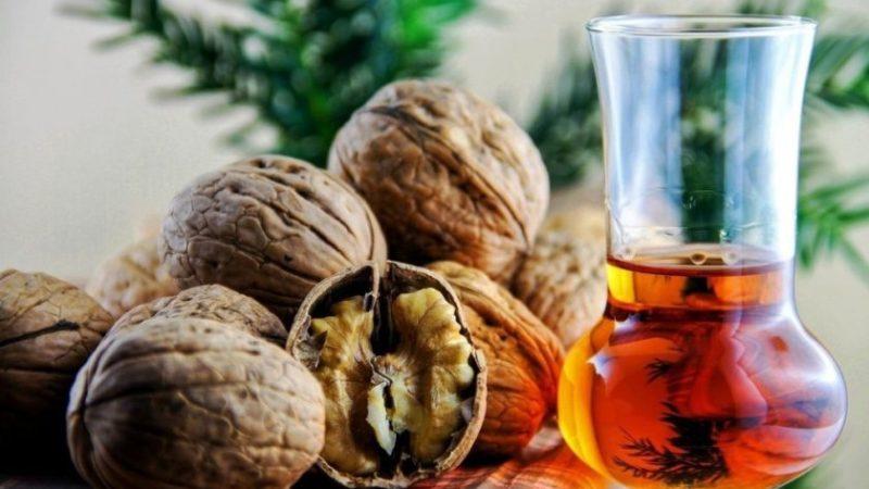 Рецепт настойки на грецких орехах