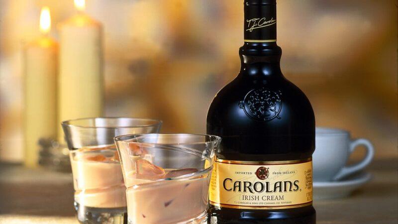 Ирландский сливочный ликер Carolans