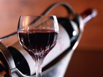 Как убрать горечь из домашнего вина?