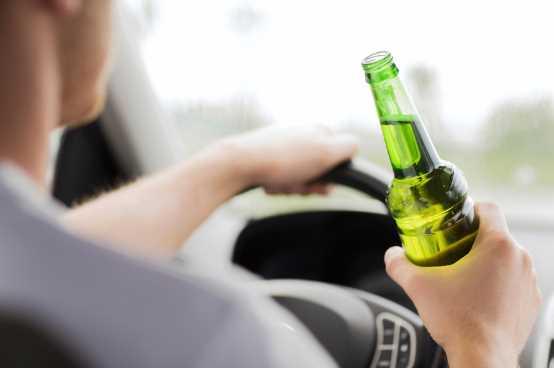 Можно ли садиться за руль, выпив безалкогольного пива?