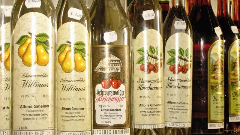 Яблочная водка: виды, бренды и рецепт приготовления в домашних условиях