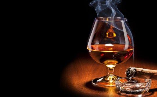 Как правильно пить виски: подача, бокалы, закуска