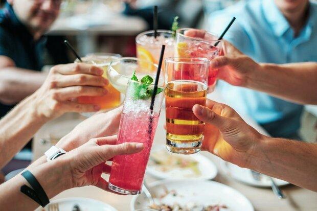 Чем закусывают алкоголь в других странах?