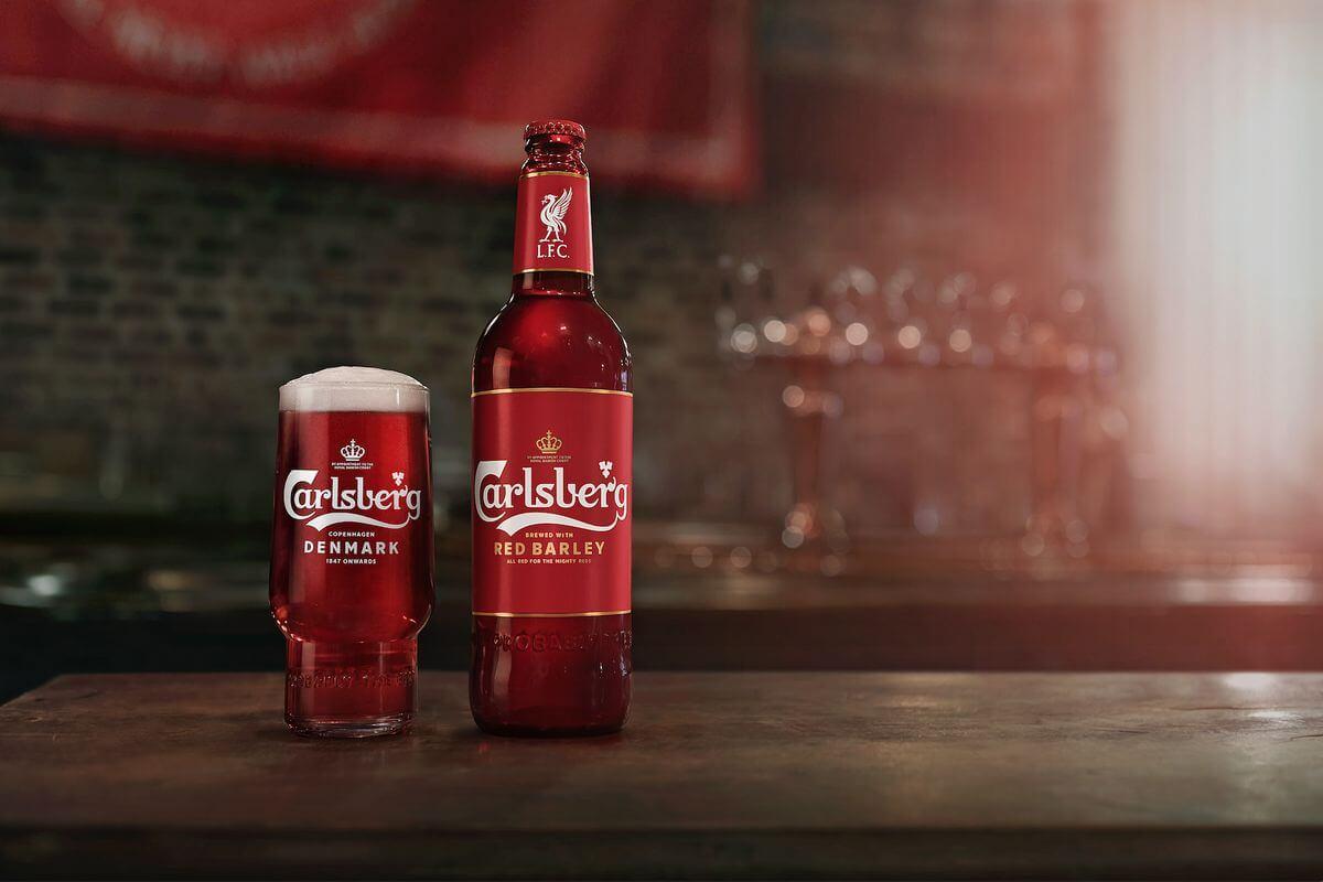 Компания Carlsberg выпустила пиво для фанатов «Ливерпуля»