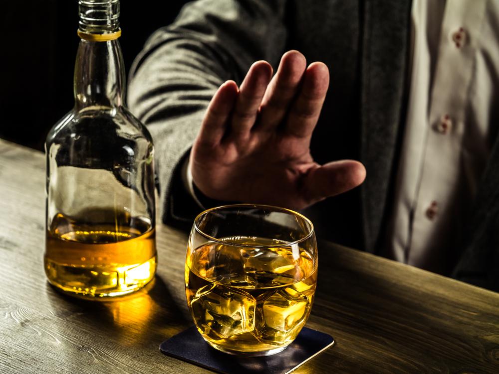 Сколько в крови держится алкоголь?