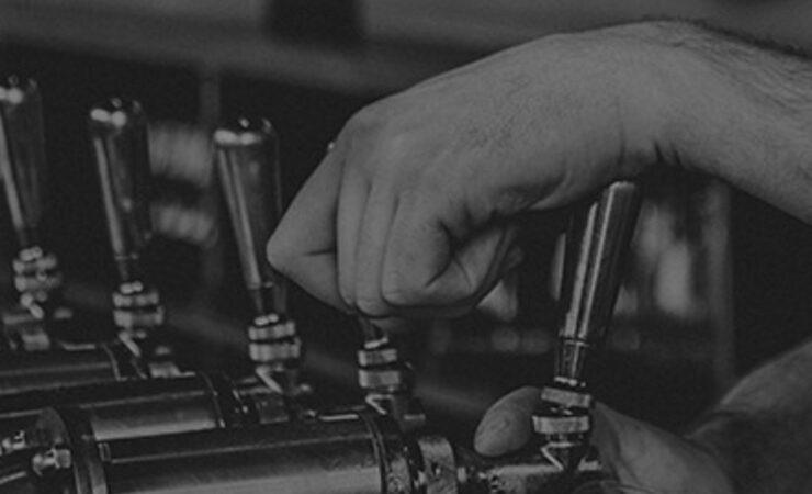 Коронавирус ударил по крафтовым пивоварам США