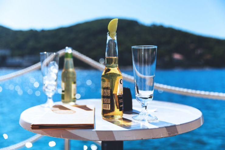 Новости о коронавирусе негативно сказываются на бренде Corona