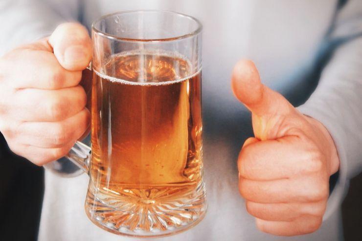 Учёные: умеренное потребление пива повышает шансы дожить до 90 лет