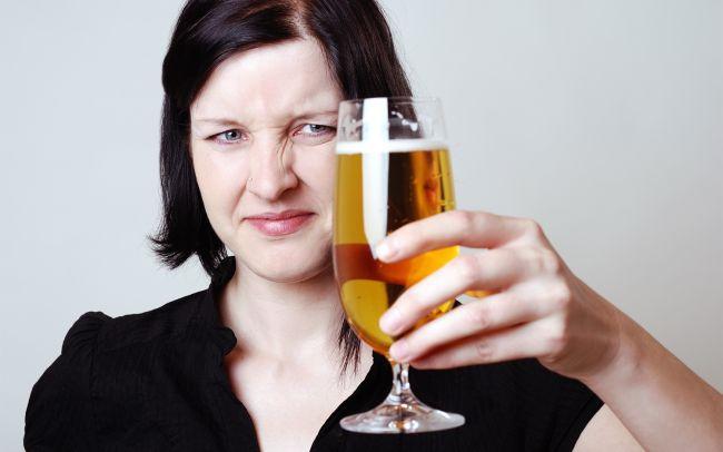 Почему некоторые люди ненавидят вкус пива?