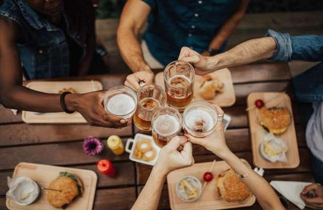 15 причин пить пиво каждый день