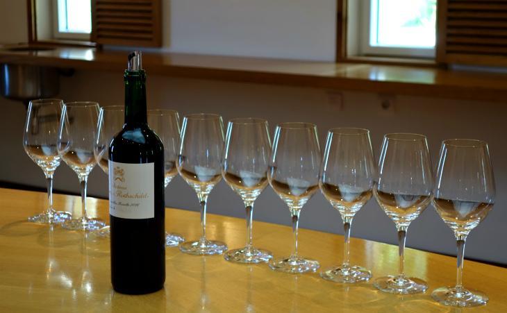 Миллионы бутылок вина в Европе могут быть потрачены впустую