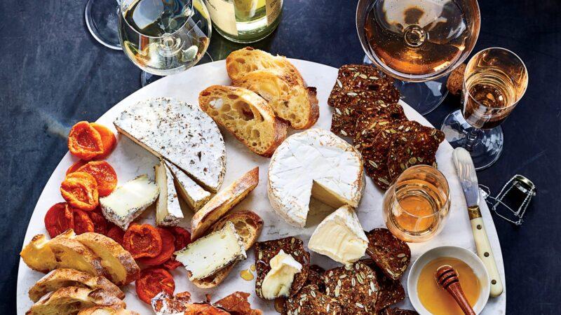 Как сочетать вино и сыр?
