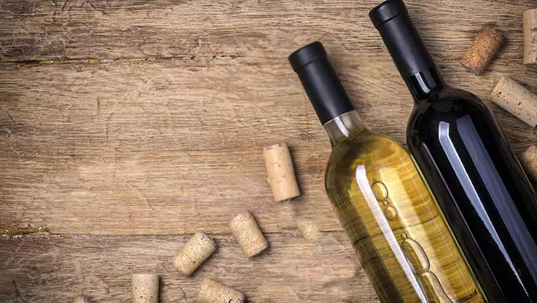 Как открыть вино без штопора. 5 простых способов