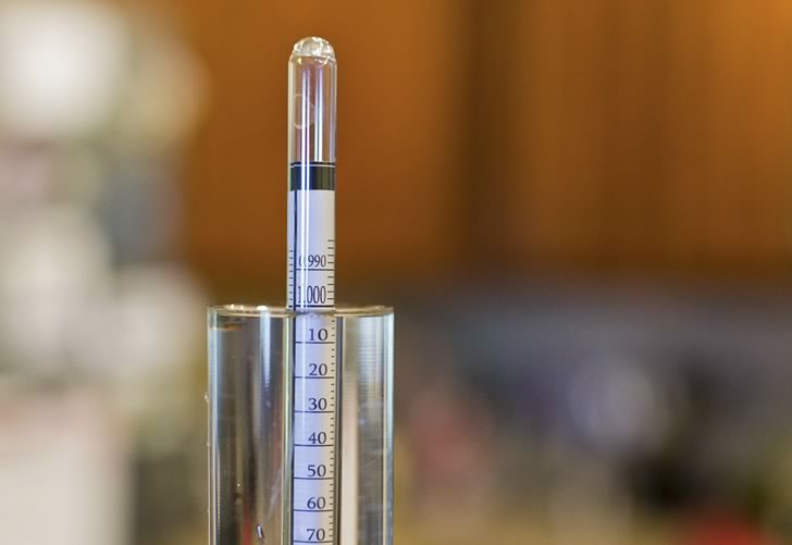 Как правильно пользоваться спиртометром и как его выбрать?