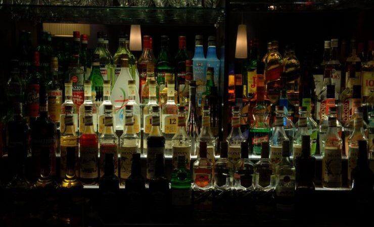 На всей территории Украины хотят запретить ночную продажу алкоголя