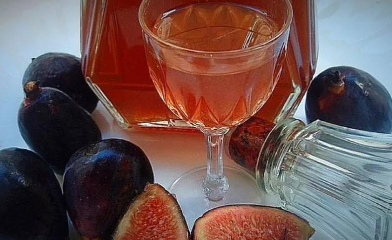 Вино из инжира: рецепт из свежих и сушеных ягод
