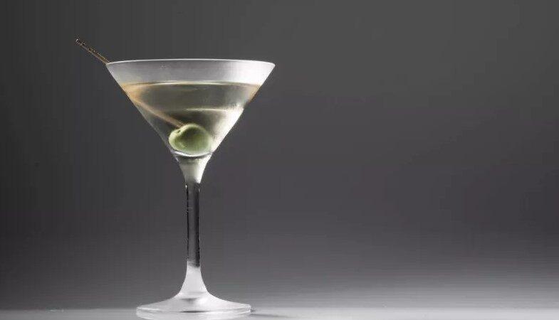 Вермут: как правильно пить и чем закусывать