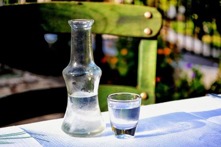 Холдинг Roust начал поставки водки в Китай