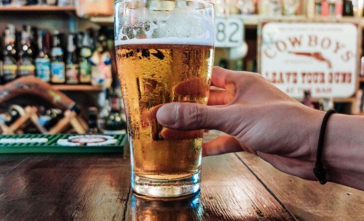 Продажи пива в Китае растут благодаря открытию баров