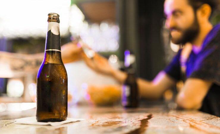 Во время пандемии молодые американцы стали пить больше безалкогольного пива