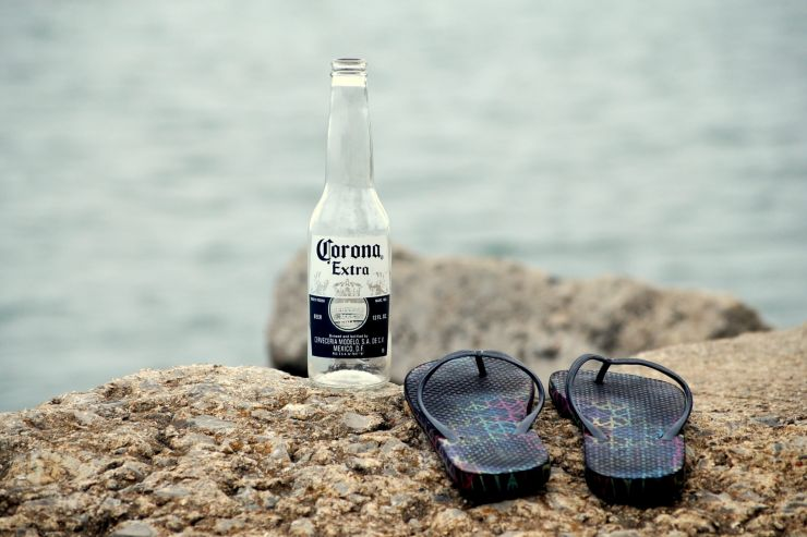 Несмотря на коронавирус, Corona осталась самой дорогой маркой пива в мире